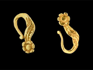 Floral Hook and Eye Clasp : Gold